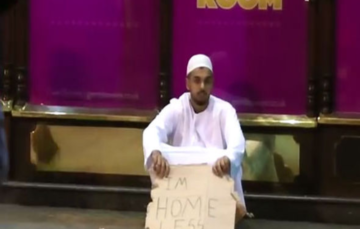 Muslim posing as homeless man in social experiment left stunned by response he receives