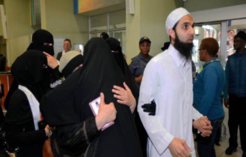 Port Elizabeth siblings held in Saudi Arabia prison arrive back home