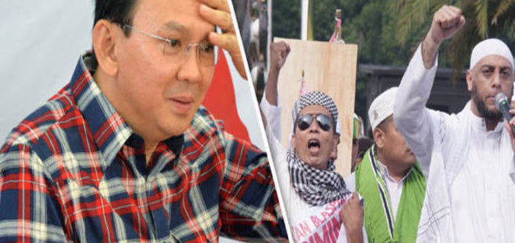 Muslim protestors plot to topple Christian Jakarta leader 'for insulting the Quraan'