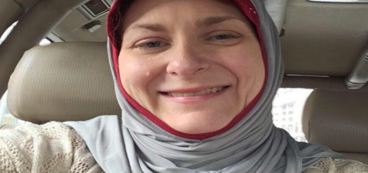 Donald Trump's Hateful Rhetoric Led this Woman to Embrace Islam