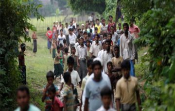 Myanmar arms non-Muslim civilians in Rakhine