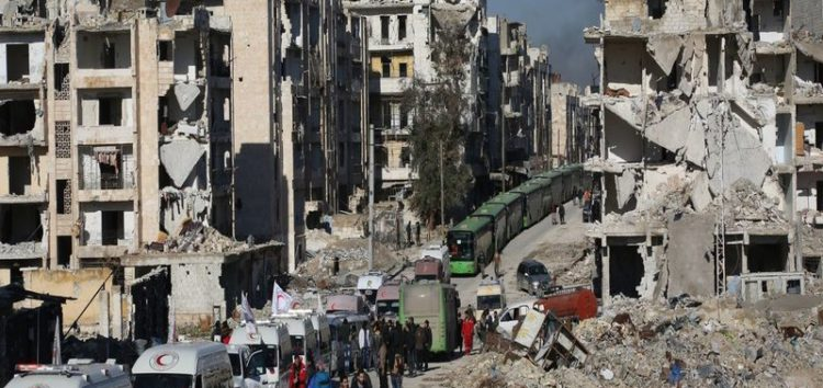 Hundreds leave east Aleppo as evacuations resume