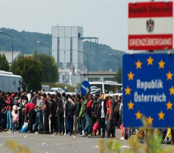 Hungary to hold refugees in container camps on border