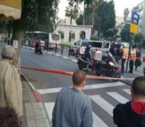 Man beaten by crowd of Israelis for shouting warnings in Arabic during shooting