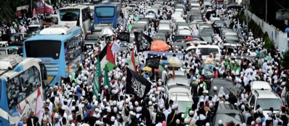 Thousands gather in Jakarta to support Muslim candidates