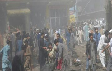 Blast rocks city in north-west Pakistan