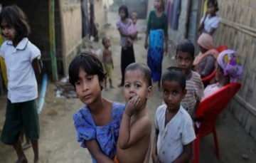 Myanmar must 'allow Rohingya to leave camps'
