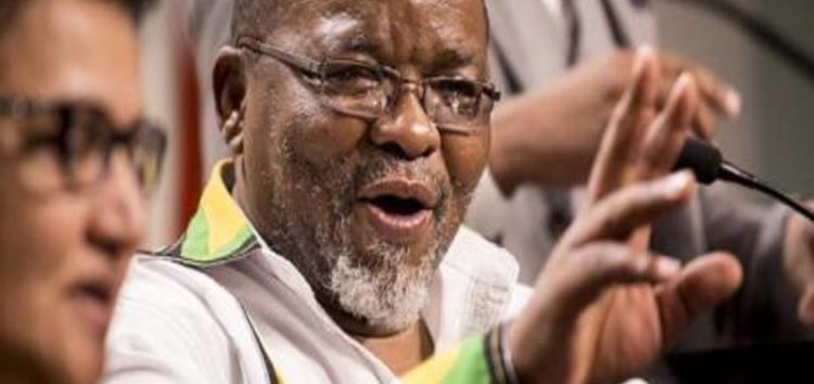 Mantashe: ANC accepts Zuma Explanation for Gordhan removal
