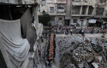Douma,Syria: Iftaar amid rubble and ruin #Ramadaan1438