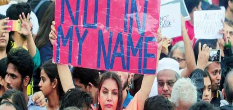 Indians protest against recent spate of violent attacks against Muslims