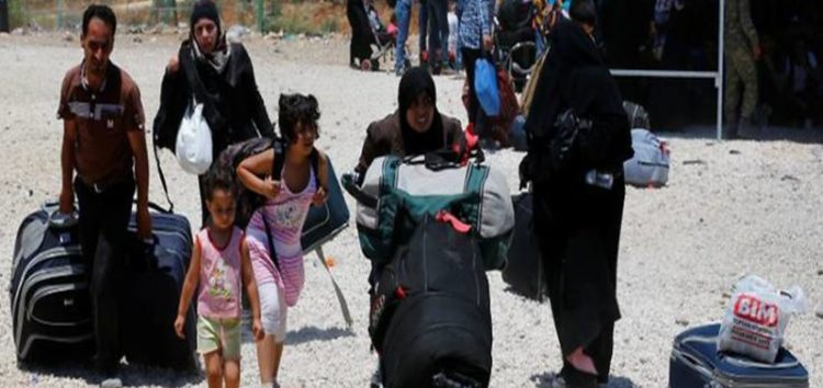 Thousands of Syrians crossed the Turkish border, headed home for Eid