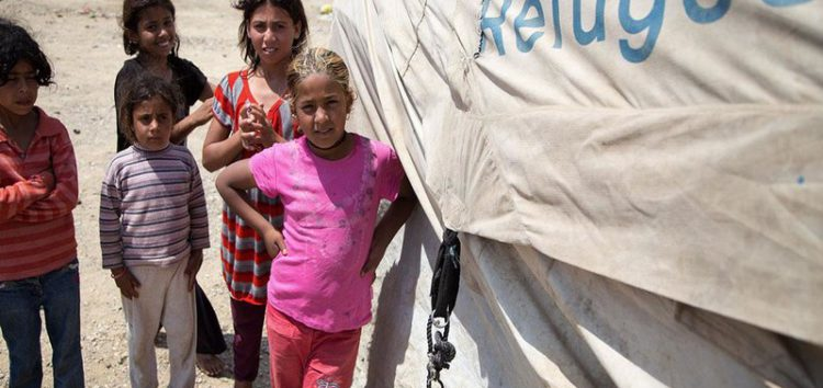 Turkey to hire Syrian doctors at refugee health centers