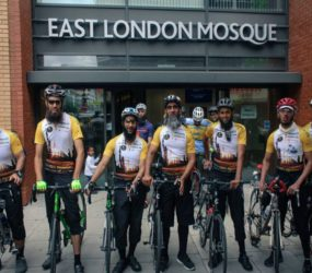 8 British Muslims Set Off for Hajj on bicycles