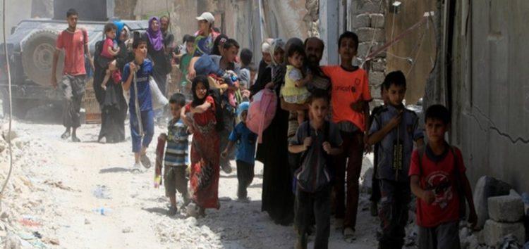 Battle for Mosul: Desperate civilians flee last Islamic State pocket #IslamicState