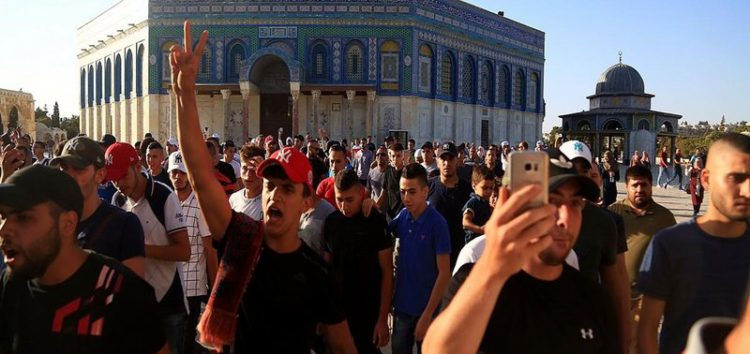 Occupation authorities open all gates of Al-Aqsa Mosque without restrictions