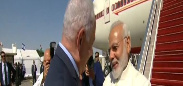 PA Concerned as Modi visits Israel, Snubs Palestinians