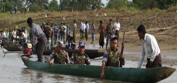 Thousands of Rohingya Muslims enter Bangladesh