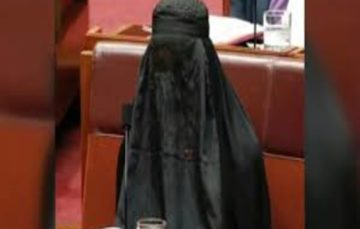 Australian senator Pauline Hanson argues for burqa ban in public places