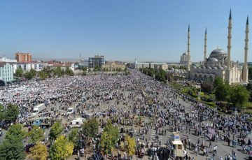 1 million gather in Chechnya to protest massacre of Rohingya Muslims