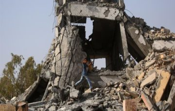 Airwars: Over 430 civilians likely died in August by US-led coalition actions in anti-ISIL push in Syrian city
