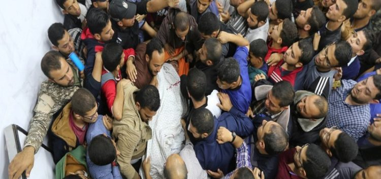 Gaza vows to respond to Israeli air strikes that left seven dead and many injured
