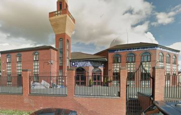 UK mosques more than doubled in past year, figures show