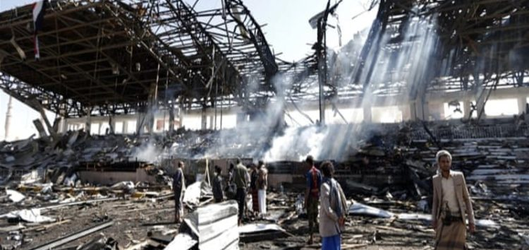 Saudi air strikes 'rain down' on Yemen's Sanaa, civilians live in fear
