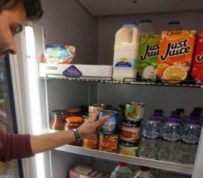 Meet the Muslim shopkeeper that's warming hearts through a full belly