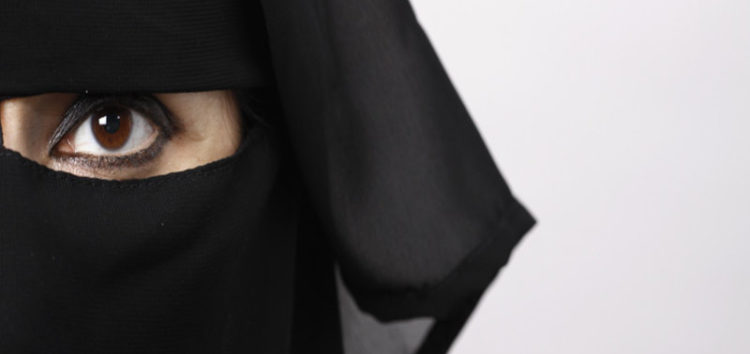 Canada groups take legal action in a bid to overthrow Quebec's niqab ban