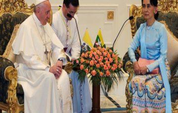 Pope Francis sidesteps Rohingya crisis in Myanmar speech