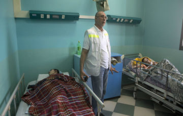 Officials: Patients in Gaza hospitals left with no food