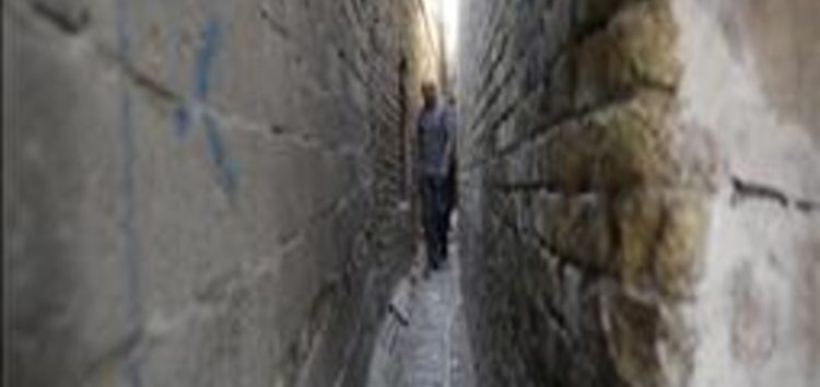 Inside 'Darboune'…Baghdad's narrowest alley