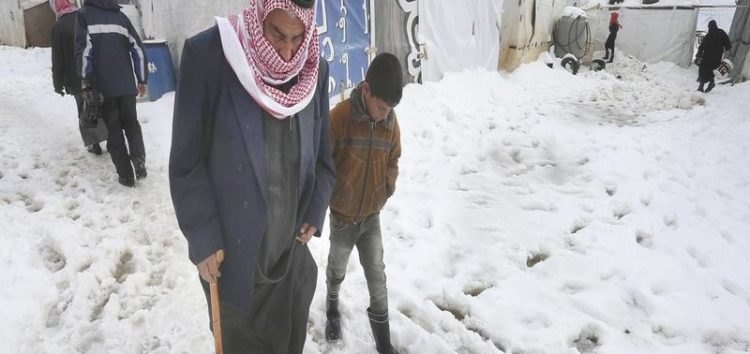 17 Syrian refugees trying to flee the war freeze to death in Lebanon