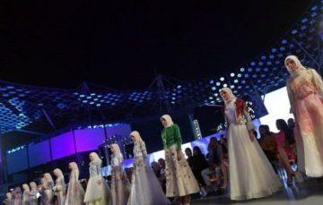 Modest fashion crosses cultures