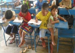 Grade 1 Filipino boy didn't want to skip class but instead found a way around it