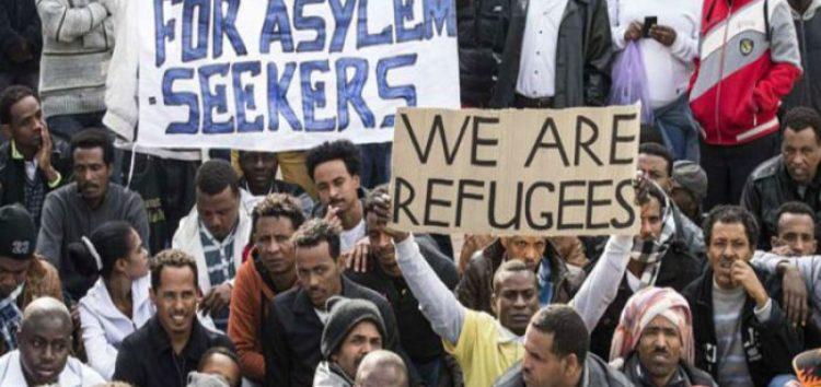 Hundreds of African migrants begin hunger strike over Israeli deportation policy