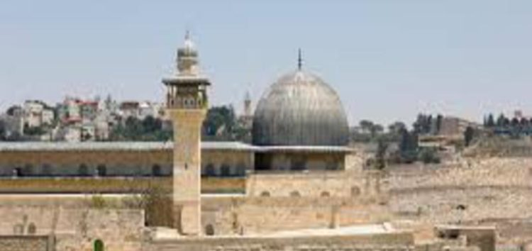 Israel's anti-adhan bill allows police to storm mosques