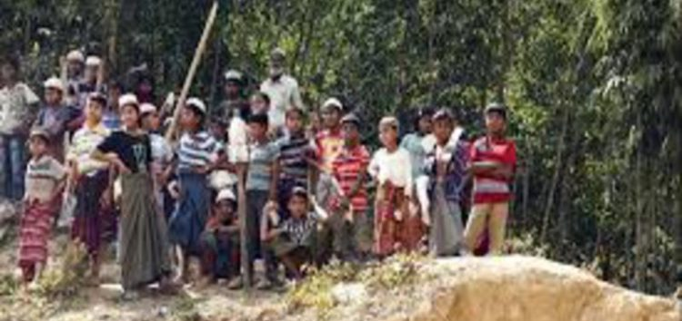Myanmar minister orders Rohingya to leave no-man's-land