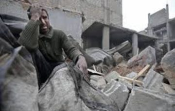 Air strikes pound Syria's Ghouta and Idlib, gas chokes civilians