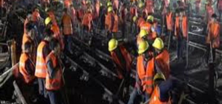 Chinese workers build railway station in just nine hours