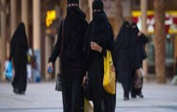 Saudi Crown Prince says abayas not necessary