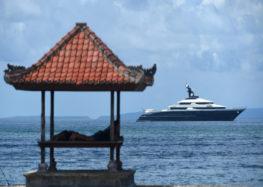 12 year old boy runs away to Bali using family credit card