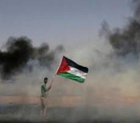 Israel drops leaflets warning Gazans not to approach border
