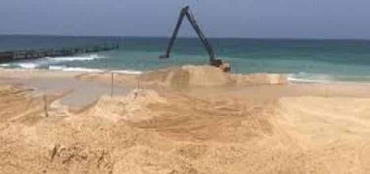 Israel begins building marine barrier along Gaza border
