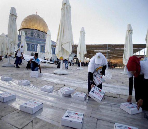 Palestinians in Jerusalem reject Ramadan meals provided by UAE