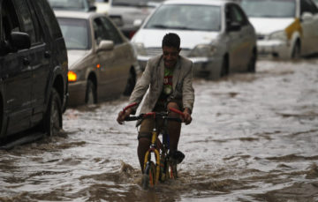 Yemen: Heavy rains wreak havoc, causes flooding