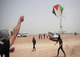 Gaza's kite-flyers defy Israeli threats, vow to continue resistance