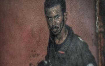 Saudi fireman who ran through flames to save family hailed as hero