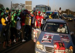Zimbabwe elections: Voters cast ballots in landmark polls