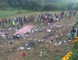 More than 40 dead in Kenya bus accident